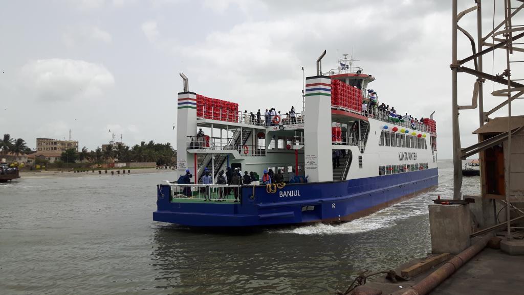 [Reportage] : Un nouveau ferry entre le sud de la Gambie et le nord du Sénégal