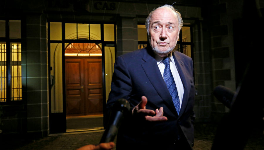 Fifa : Blatter balance sur Infantino