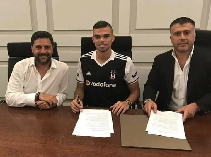 Officiel : Pepe signe au Besiktas et lâche le PSG !