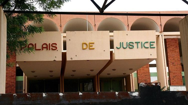 BURKINA FASO : Début du procès ministère public et CBAO contre Zongo Hamidou et 13 autres inculpés
