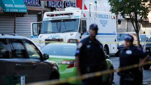 Une policière tuée dans sa voiture à New York