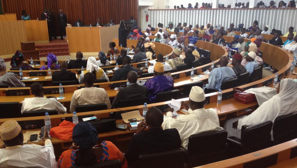 Plénière : L'Assemblée nationale en plein désordre