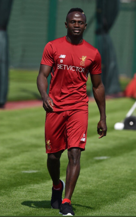 Sadio Mané est de retour à Melwood, il rejoindra le groupe pour les entraînements collectifs dans 10 jours.
