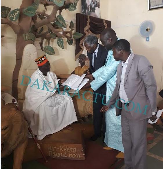 Prix Macky Sall pour le Dialogue en Afrique : Le Moro Naba de Ouagadougou parmi les nominés