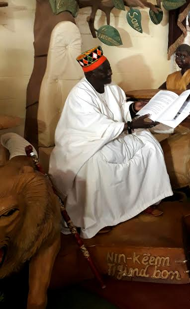 """Le Mogho Naba du Burkina Faso : """"Ce Prix Macky Sall pour le Dialogue en Afrique est un élément fédérateur pour l'Afrique"""""""