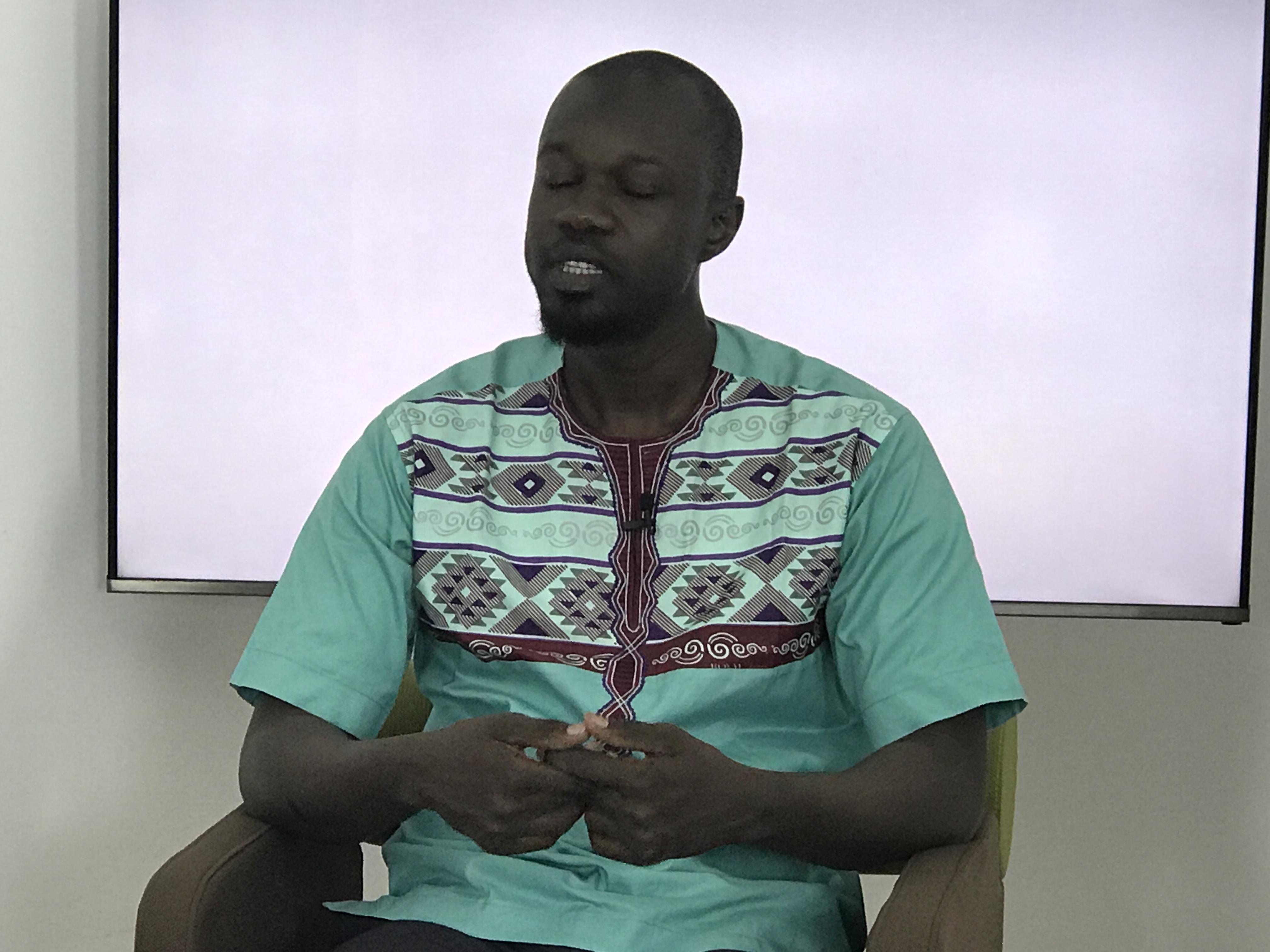 """Ousmane Sonko : """" On se mobilise. Que d'autres se mobilisent aussi pour  le retrait des cartes d'électeur! """""""