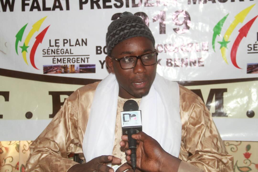 """BBY À TOUBA - Serigne Abdou Lahad Mbacké Ndoulo traite """"d'hommes d'affaires' ceux qui servent de tampon entre Macky et la base et les accuse de saboter la campagne."""