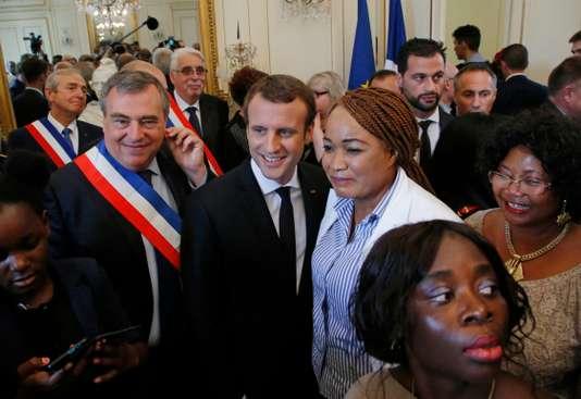 Emmanuel Macron ne veut plus de migrants dans les rues « d'ici à la fin de l'année »