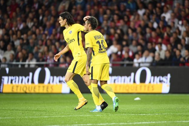 Premier but de Neymar avec le PSG