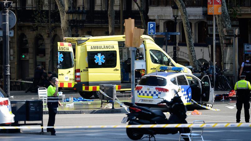 Attaque terroriste à Barcelone : Deux morts, un suspect retranché dans un bar