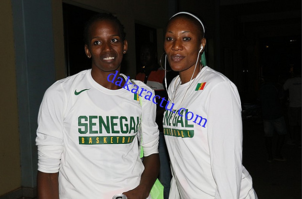 Les Lionnes prennent la pose avant le match contre le Mozambique