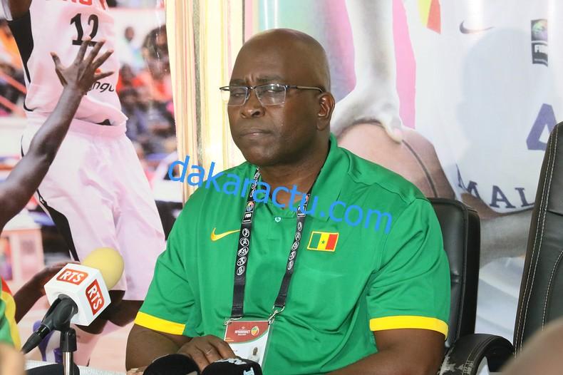 Bagarre entre les équipes du Nigeria et du Sénégal à l'Afrobasket féminin (entraîneur)