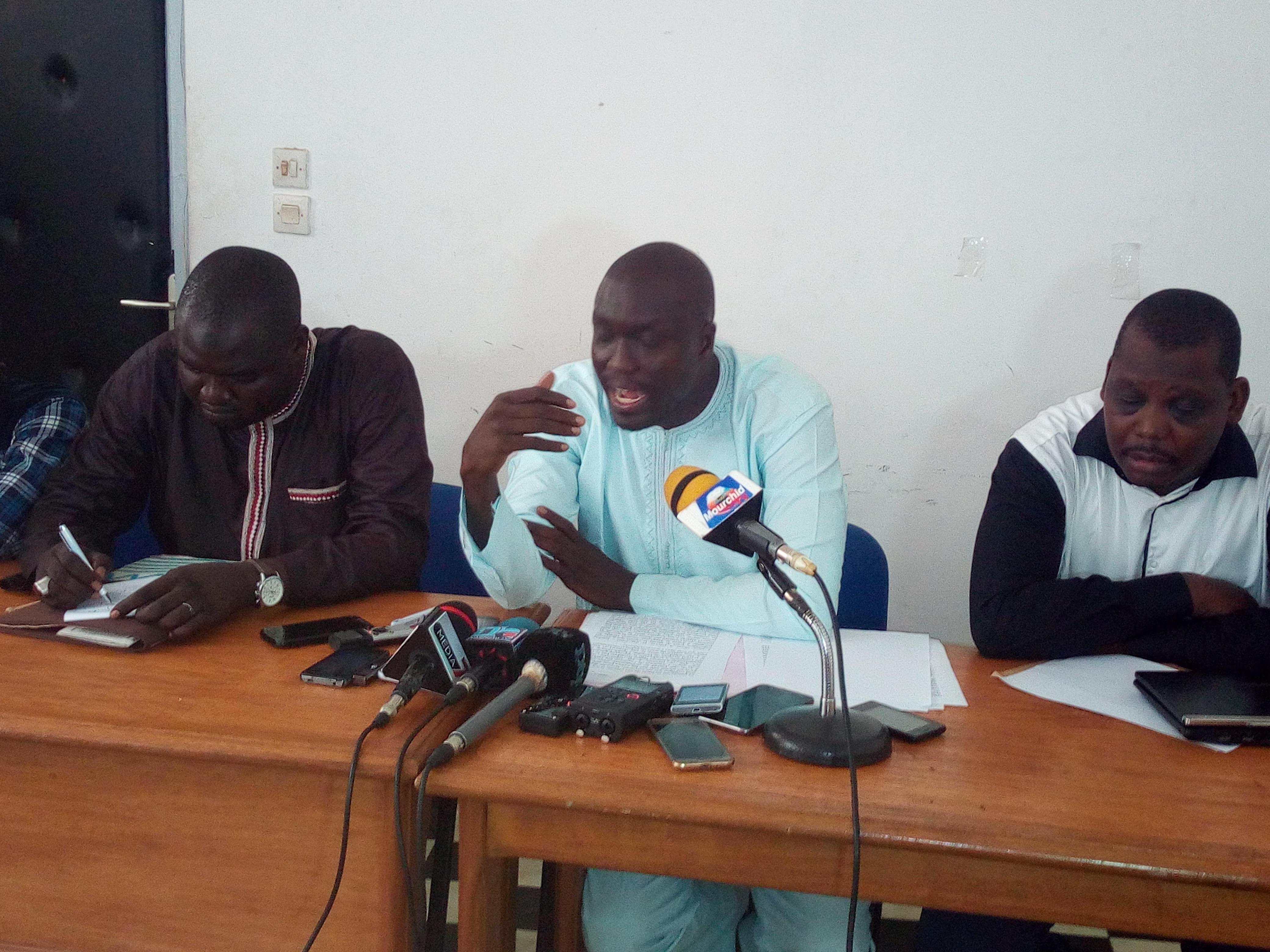 Cheikh Anta Seck : Au début Bougane nous disait qu'on devait pas rester trois mois sans aller en procès, parce qu'on devait aller fouiner dans la vie privée des hommes politiques