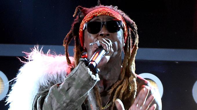 Le rappeur Lil Wayne hospitalisé d'urgence