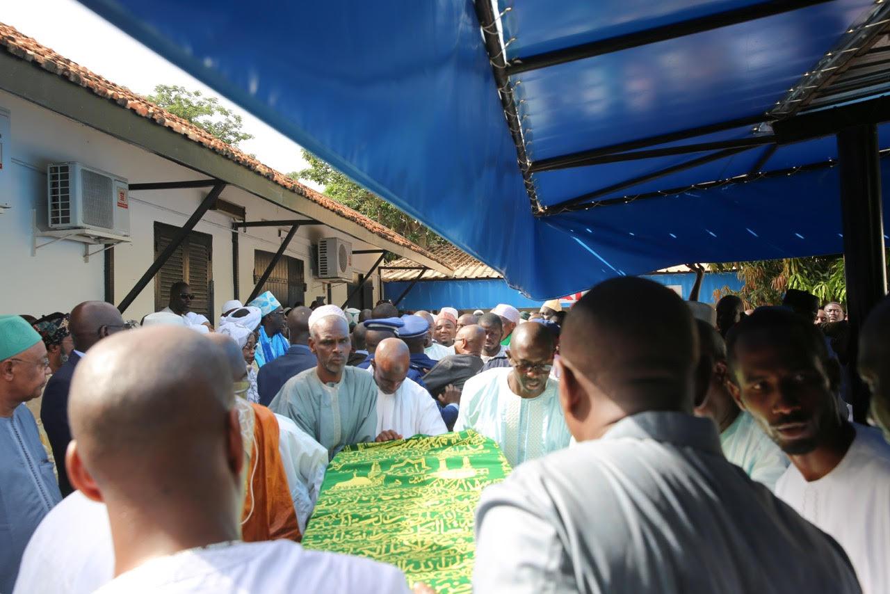 La levée du corps de Djibo Leyti Ka en images