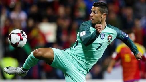 Ronaldo rejoint Lewandowski comme meilleur buteur de l'histoire des qualifications