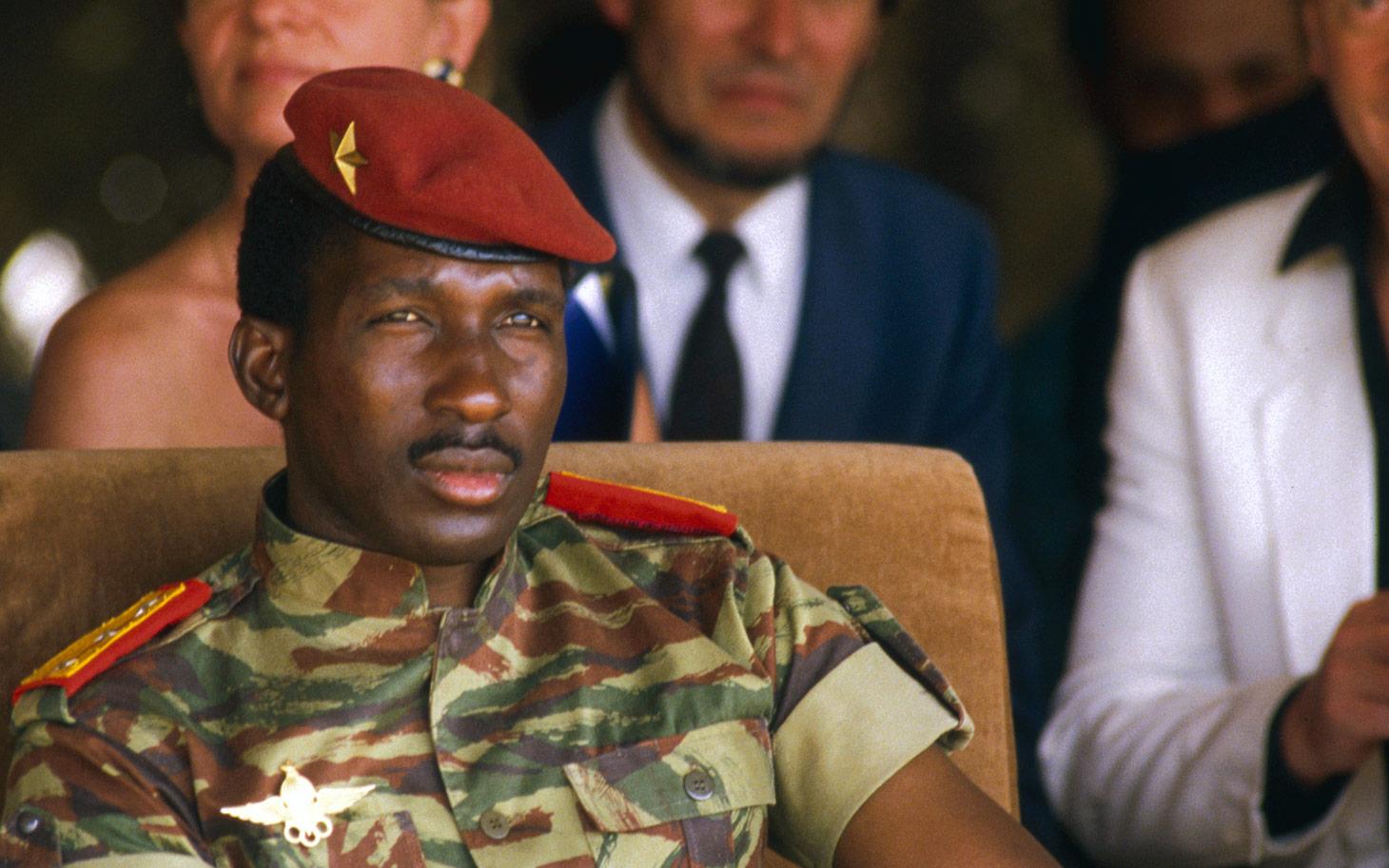 A Thomas Sankara, fièrement.