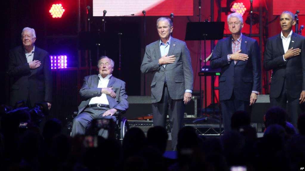 Usa : Cinq anciens présidents à un concert de charité après les ouragans