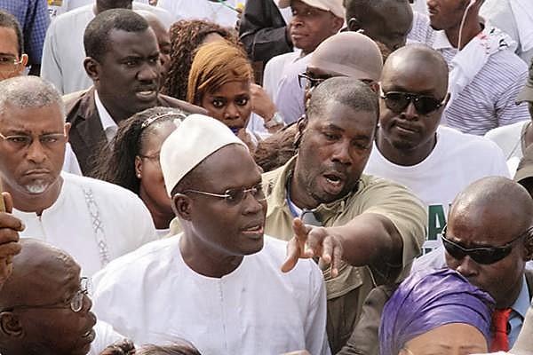 """AFFAIRE KHALIFA SALL : La Coalition Manko Wattu Senegaal s'en prend à ses souteneurs et lui conseille de trouver de """"bons avocats"""""""
