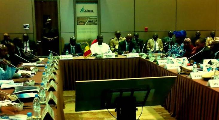 """Conseil interministériel à AIBD : """"L'enjeu pour nous tous, c'est qu'AIBD réunisse toutes les conditions pour une mise en exploitation optimale dès le 07 Décembre 2017"""" (Boun Abdallah Dionne)"""
