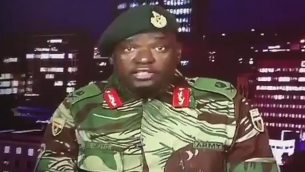ZIMBABWE : Après avoir pris le contrôle de la radio télévision et de plusieurs bâtiments publics et officiels dans la nuit, des officiers démentent un coup d'Etat militaire