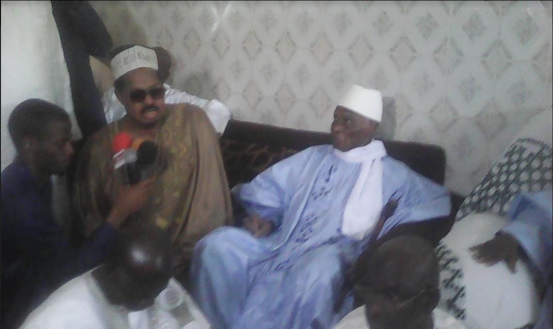 """Ahmed Khalifa Niass : """" Me Abdoulaye Wade, vous êtes le président à vie. Vous aviez remis 100 millions au défunt khalife pour la construction de la mosquée de Léona! """""""