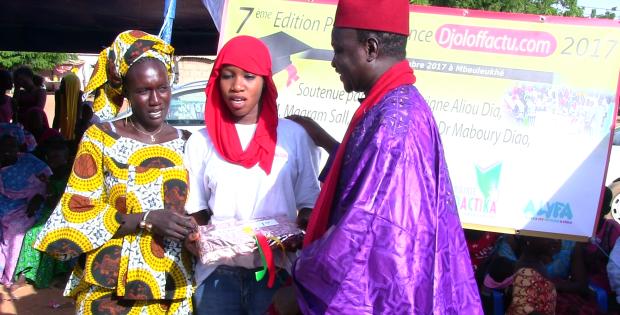 7ème EDITION DU PRIX D'EXCELLENCE DJOLOFFACTU : Les meilleurs élèves de Mbeuleukhé honorés