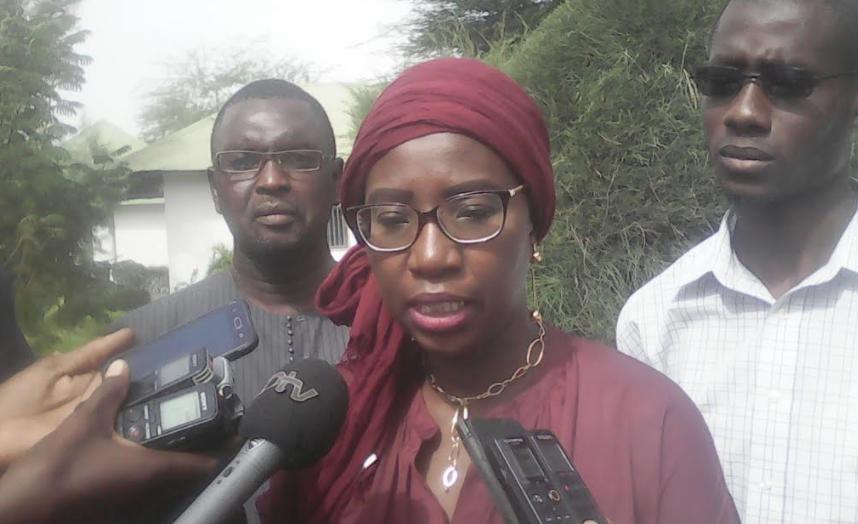 """Dior Mbacké Dia, responsable de la communication du projet énergie de l'OMVG : """" Entre 1500 et 2000 personnes seront affectées par le projet Énergie """""""