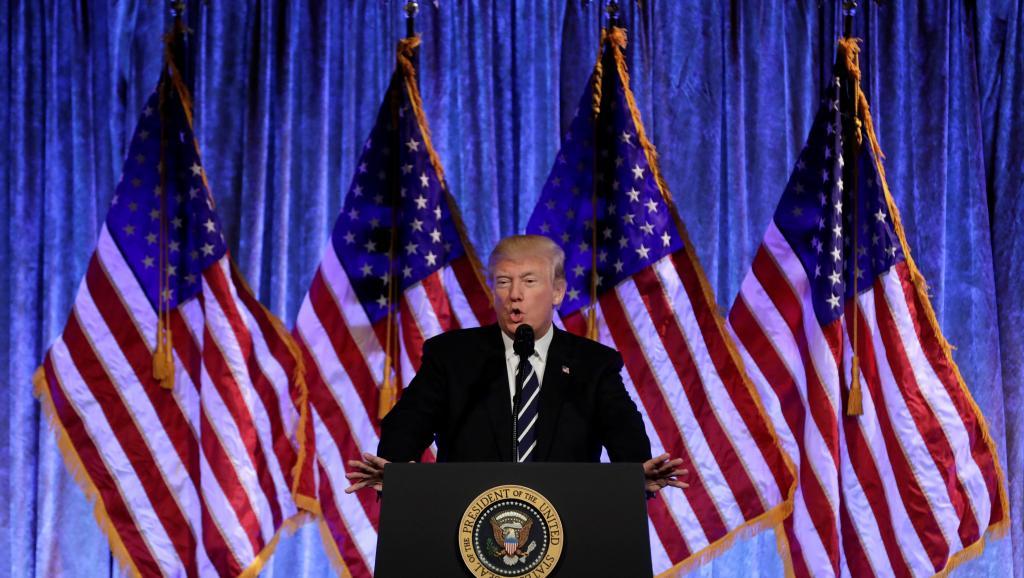 ETATS-UNIS : Après l'inculpation de Michael Flynn, les surprenantes réactions de Donald Trump