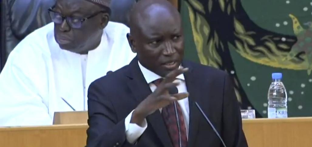 Concertations  politiques / Aly Ngouille Ndiaye invite, de nouveau, Diop Decroix au dialogue : « Il faut se faire confiance ! »