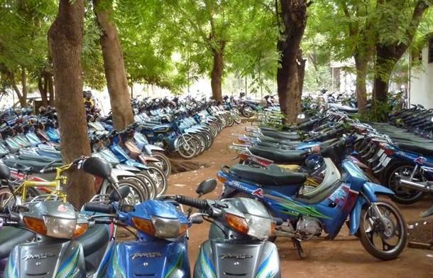 """Les motos """"jakarta"""", première cause des cas d'accident dans la zone de kaffountine (gendarmerie)"""