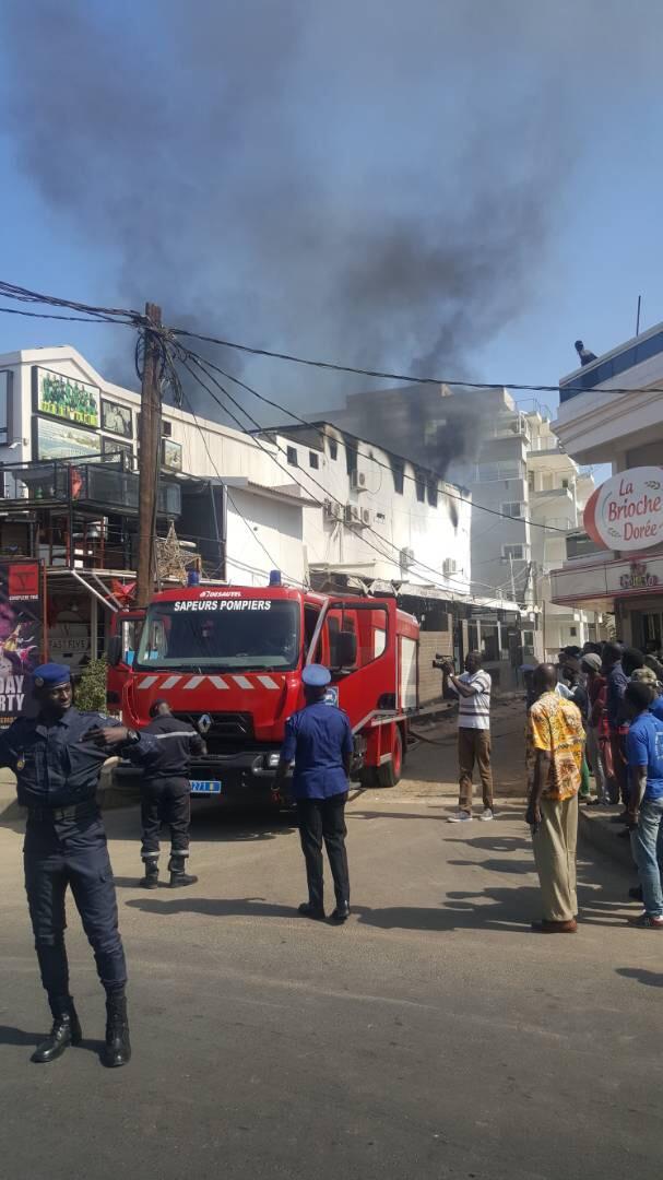 Urgent : Incendie au Five des Almadies (IMAGES)