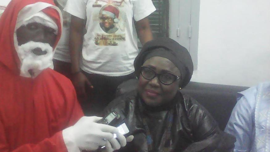 Noël 2017 : Adji Mergane Kanouté offre 250 cadeaux aux enfants malades et démunis de Kaolack