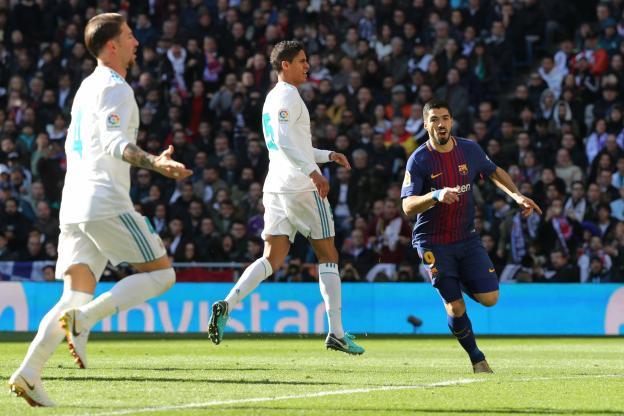 le Barça punit le Real Madrid, relégué à 14 poins de son rival