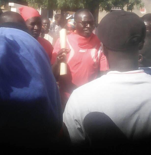Sibassor : Les populations ont investi les rues pour réclamer le départ du maire (Djiby Kalidou Niang