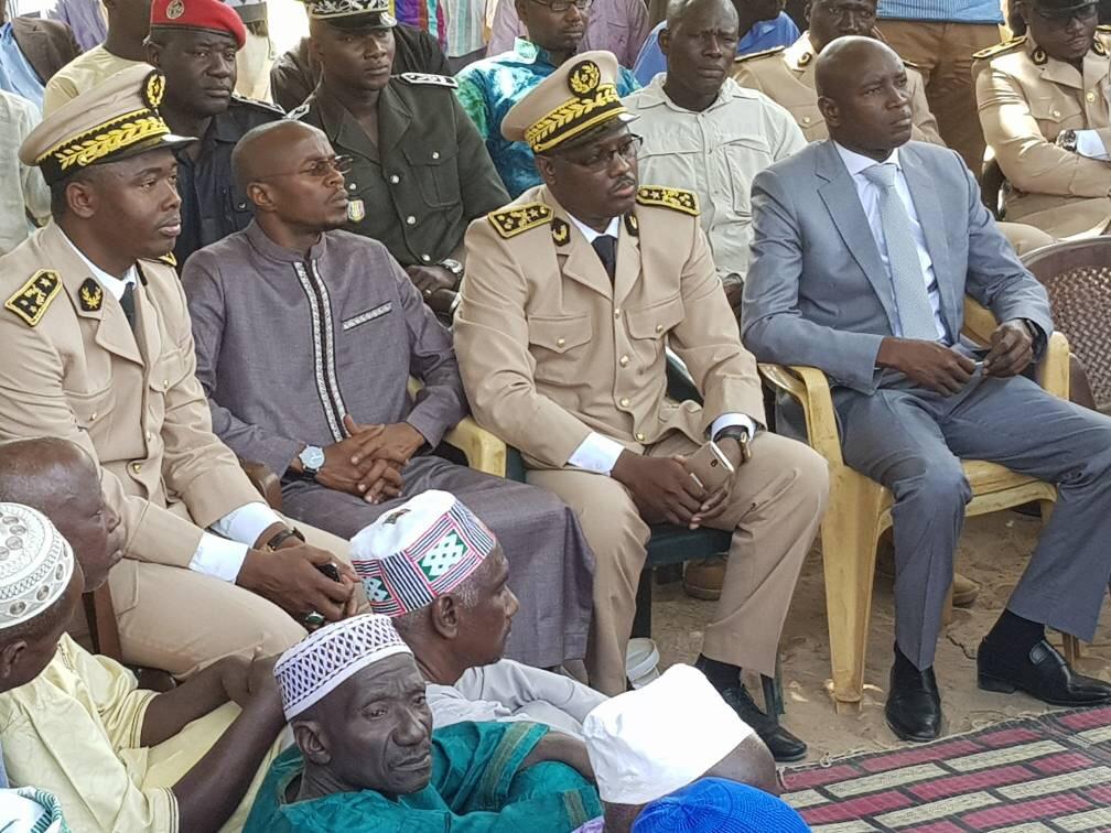 Massacre de 13 personnes à Ziguinchor : Aly Ngouille Ndiaye présente les condoléances de Macky Sall et de la Nation aux familles des victimes et promet que les malfaiteurs seront « poursuivis, arrêtés et punis »