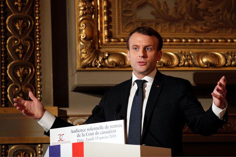 France : Macron refuse de libérer les magistrats du parquet