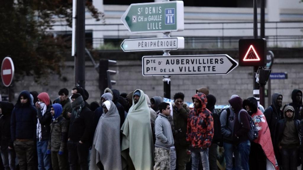 IMMIGRATION : plus de 300 filières démantelées en France