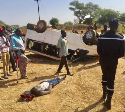 Grave accident á la sortie de Tattaguine : Un véhicule se renverse avec 10 de ses passagers