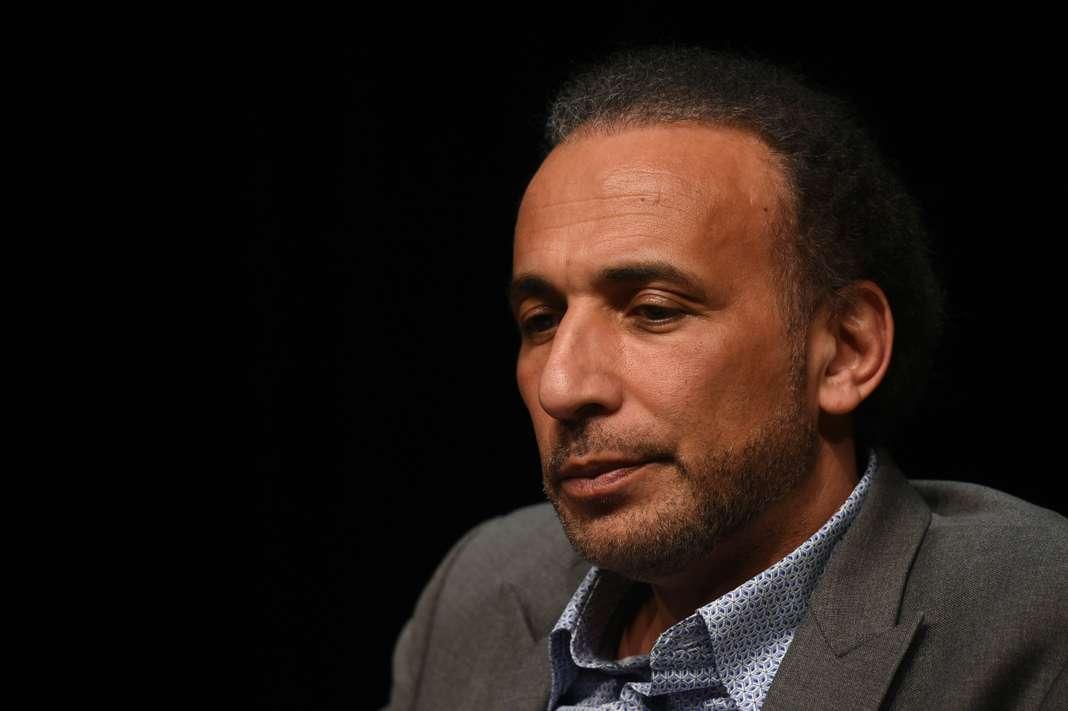 Accusé de viols, Tariq Ramadan maintenu en détention provisoire