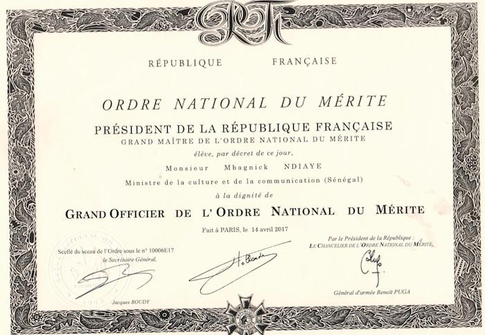 Grand Officier de l'Ordre National du Mérite : le ministre Mbagnik Ndiaye décoré par la France (DOCUMENT)