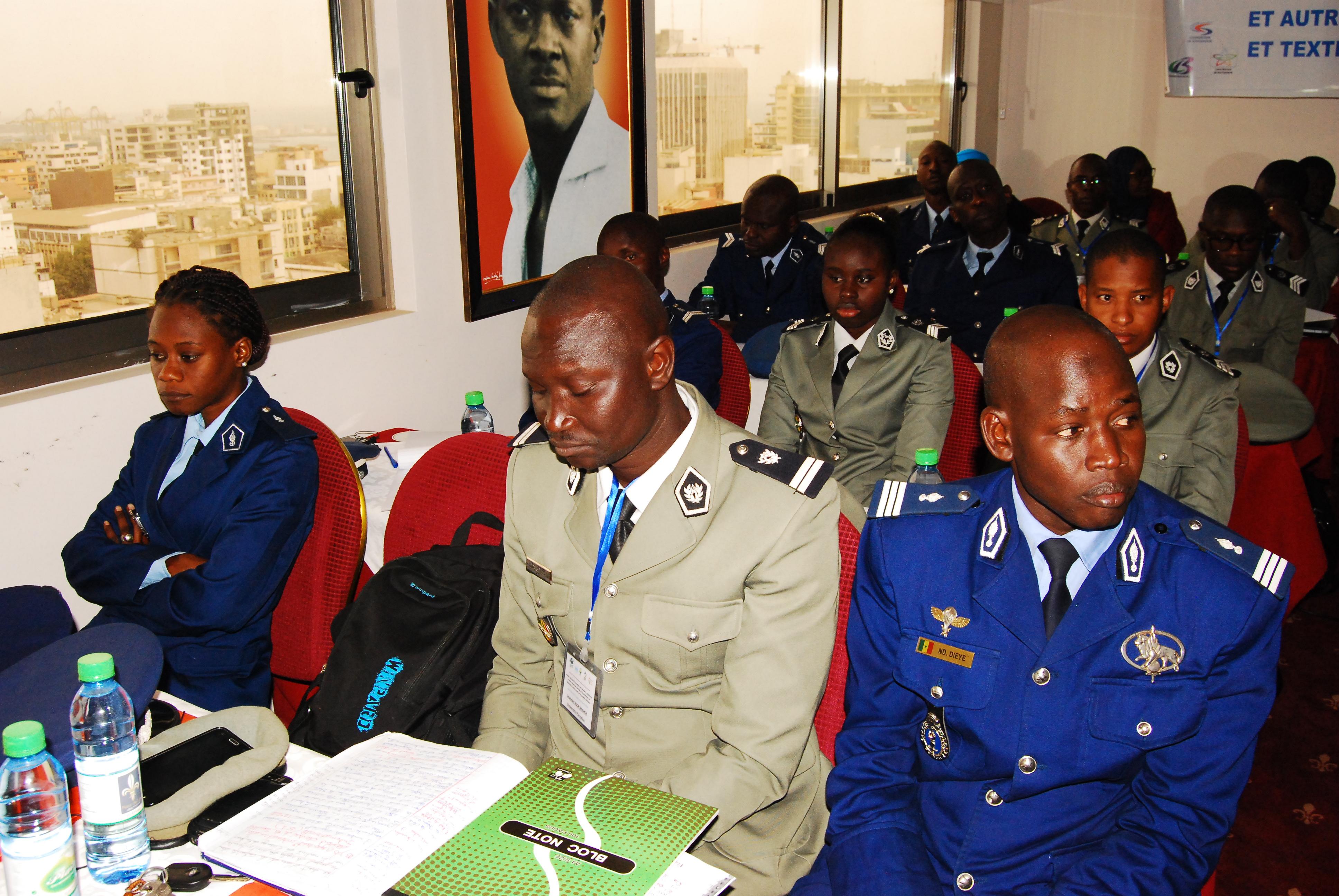 Produits chimiques dangereux : La Douane et la Gendarmerie formées à leur identification et au contrôle