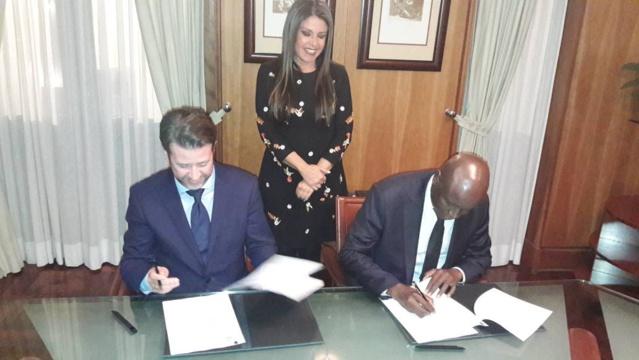 LINGUÈRE/TÉNÉRIFE - Aly Ngouille Ndiaye et le Président Carlos Alonso pour le renforcement de la coopération décentralisée