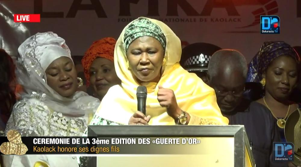 Fatoumata Tambajang, Vice-présidente de la Gambie : « Ce que j'ai dit à Yahya Jammeh devant les présidents de la CEDEAO en pleine crise pour le pousser à quitter le pouvoir et la Gambie »