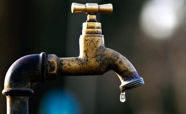 Pénurie d'eau à Dakar : Les robinets crachent une eau noirâtre et nauséabonde !