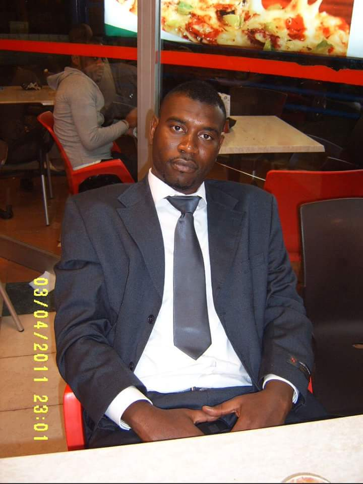 Le Coordinateur du réseau des enseignants de l'APR Mbour recadre Youssou Touré et tire sur Idrissa Seck...