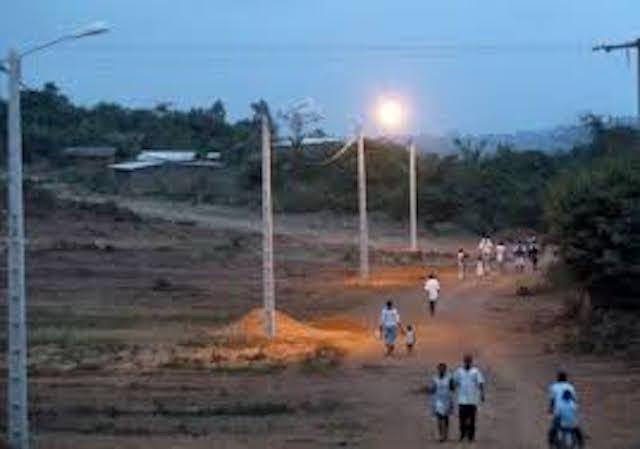 Electrification rurale : signature d'un accord de financement entre le Sénégal et les Emirats arabes unis