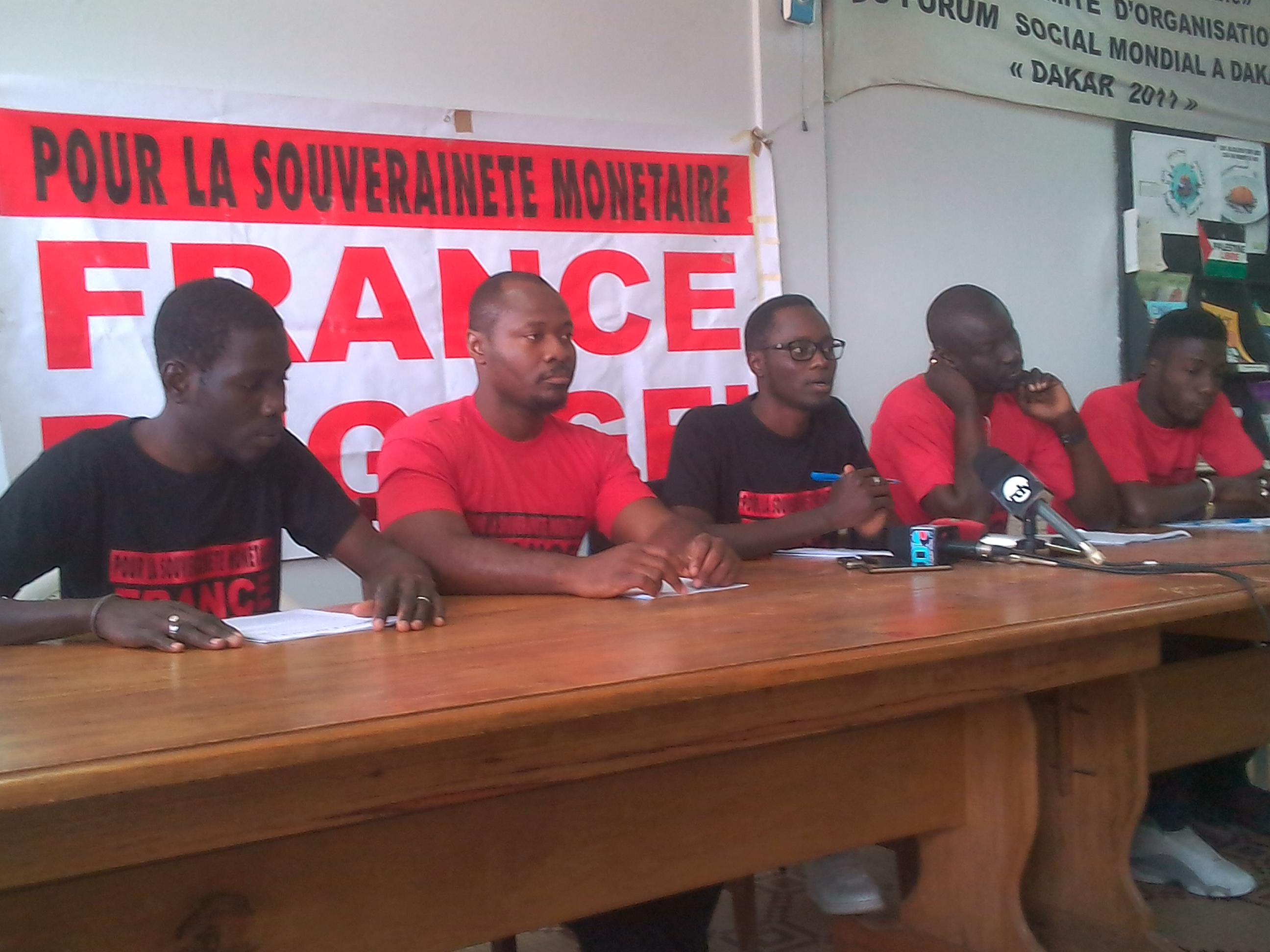 """Front France dégage : """" Nous donnons au ministre de l'intérieur 4 mois pour abroger l'arrêté Ousmane Ngom """" ( Guy Marius Sagna)"""