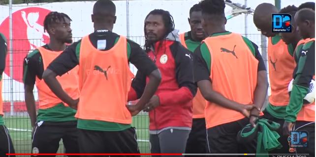 Système de jeu : Aliou Cissé et sa défense à trois