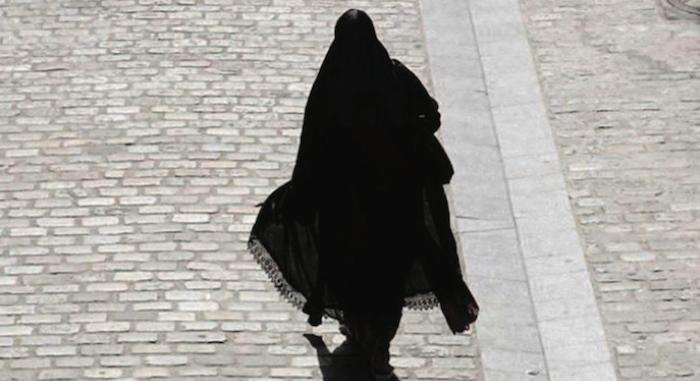 SÉNÉGALAISE ÉCROUÉE POuR TERRORISME PRÉSUMÉ : Les aveux glaçants de Aïda Sagna